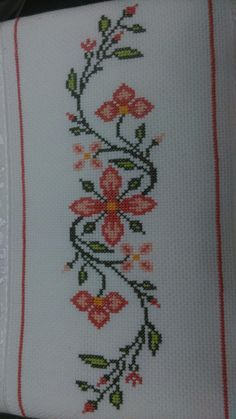Embroidery on a handtowel༺✿༻ This post was discovered by Mu Barbara R. Cross Stitch Borders, Simple Cross Stitch, Cross Stitch Rose, Cross Stitch Flowers, Cross Stitch Designs, Cross Stitching, Cross Stitch Embroidery, Embroidery Patterns, Hand Embroidery