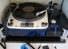 Garrard 301 in acrylic plinth