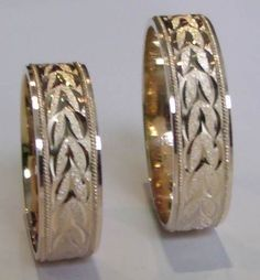 Argollas en oro de 18 K, decoracion diamantada