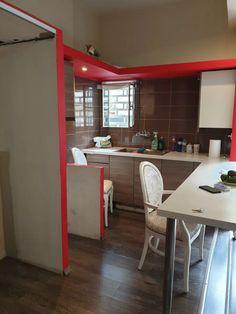 Ενοικίαση Διαμερίσματος Αμπελόκηποι - Αγγελία 9034749 | Tospitimou.gr Table, Furniture, Home Decor, Decoration Home, Room Decor, Tables, Home Furnishings, Home Interior Design, Desk