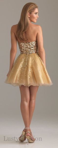 Love the sparkle and it goes with my school colors. Make sure to get a great tan to complement the dress