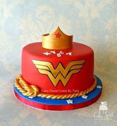 Wonder woman - Cake by Cake Sweet Cake By Tara Wonder Woman Kuchen, Wonder Woman Cake, Wonder Woman Party, My Birthday Cake, Birthday Woman, Women Birthday, Wonder Woman Birthday Cake, 8th Birthday, Birthday Ideas