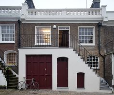 Jonathan Tuckey Design is one of the UK's leading advocates for remodelling and radically transforming old buildings for modern uses. Holland House, Holland Park, London Architecture, Architecture Design, Mews House, London Property, Exposed Brick Walls, House Goals, House Painting