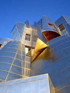 Frederick R. Weisman Art Museum, University of Minnesota, Minneapolis, 1993 | Frank Gehry
