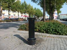 Zdrój uliczny postumentowy dwumisowy HAWS