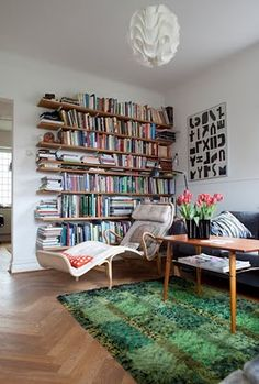 When I move out of my apartment, I want a space that's big enough for a reading nook Bookshelves In Bedroom, Bookcase, Home Interior, Interior Design, Piece A Vivre, Aesthetic Room Decor, Home And Living, Room Inspiration, Living Spaces