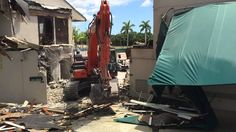 Golf Club Porte-Cochere Demolition...Take 2