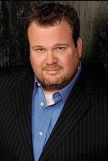 Eric Stonestreet (September 9, 1971) American actor, o.a. known from 'Modern family' and 'Crime scene investigation'.