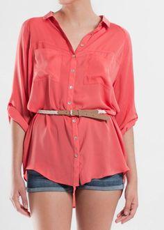 http://isabelbenavides.es/camisas-y-short-verano-2011-otono-2011-looks-y-moda-actual-que-me-pongo.html