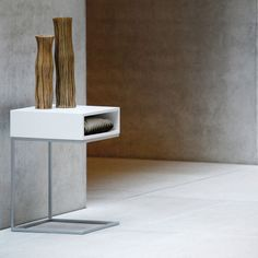 Dina Beistelltisch von Jan Kurtz im ikarus..design shop