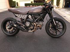 Cafe Racer Full Throttle with Rizoma Tach Relocate - Ducati Scrambler Forum