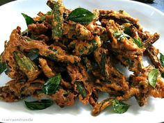 Bhindi Kurkuri is a super easy and quick crispy deep fried snack using bhindi/okra with chickpea flour and some exotic Indian spices. It is perfect to be served as a side dish with your lunch/dinner or even as an accompaniment...