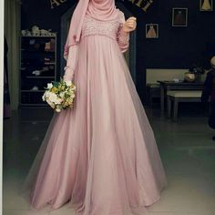 Hijab Gown, Hijab Evening Dress, Hijab Dress Party, Hijab Style Dress, Muslimah Wedding Dress, Muslim Wedding Dresses, Muslim Dress, Bridal Dresses, Wedding Abaya