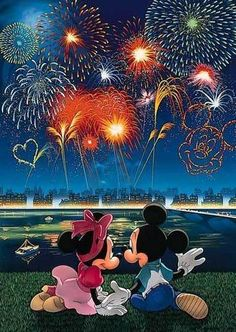 Tenyo Disney Characters Mickey Mouse and Minnie Mouse Fireworks, Glow in the Dark 108 pcs. We sell Japan jigsaw puzzles and gifts to worldwide. Deco Disney, Art Disney, Disney Images, Disney Pictures, Disney Love, Mickey Mouse And Friends, Disney Mickey Mouse, Minnie Mouse, Mickey Mouse Wallpaper