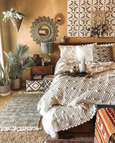Bohemian Bedroom Decor And Bed Design Ideas… – Homedeko – Home Decor Ideas Bohemian Bedroom Decor, Home Decor Bedroom, Boho Room, Modern Bedroom, Trendy Bedroom, Boho Decor, Bohemian Bedding, Tribal Bedroom, Modern Bohemian Bedrooms
