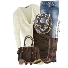 Super cute brown and cream fall outfit