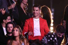 🔹CR7🔹 Ronaldo Videos, Cristino Ronaldo, Ronaldo Juventus, Mtv, Cristiano Ronaldo Shirtless, Cr7 Junior, Handsome Arab Men, Esquire, Real Madrid
