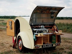 got it bad for this Teardrop caravan! i picture seeing the country in this thing with J.