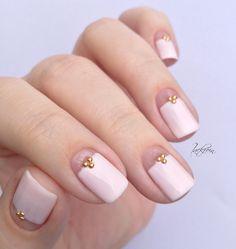 """essie - fiji   Nieten Rosegold ( via Born Pretty Store ) *         Gesehen habe ich dieses Design hier  bei Alicia von """"aliciatnails"""" a..."""