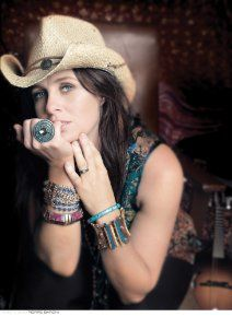 Barnes & Noble® has the best selection of Alternative Alternative Country-Rock CDs. Buy Kasey Chambers's album titled Little Bird to enjoy in your home or Kinds Of Music, Music Love, New Music, Great Song Lyrics, Entertainment Sites, Country Music Singers, Greatest Songs, Greatest Albums, Celebs