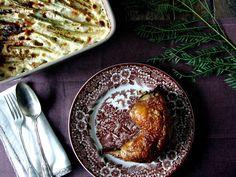 Mesa Corrida - your food blog: Pernas de frango assadas com gratinado de batata e...