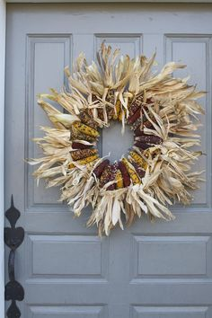 easy wreath using Indian corn
