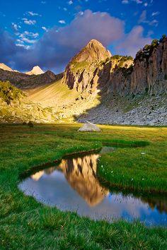 Valle del río Ésera, Huesca, Spain