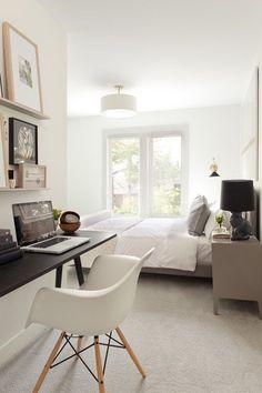 Узкая консоль! Как оформить рабочее место в спальне: 7 практичных идей