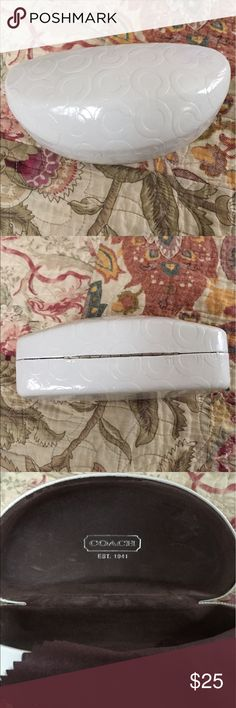 Coach sunglasses case. Can be used for eyeglasses. Coach sunglass case. Off white with signature inscription on the case. Great shape and spacious. Coach Accessories