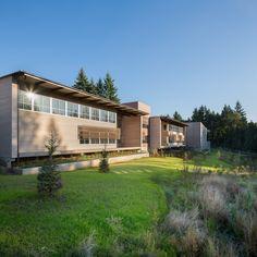 Sandy High School / Dull Olson Weekes Architects