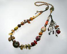 Городской Примитивные Эпическая ВС Богиня Ожерелье: OOAK по KathyVanKleeck