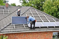 """Selon le 21ème édition de l'Observatoire de l'énergie solaire photovoltaïque, """"2016 se confirme comme la pire des années jamais observée en France""""."""
