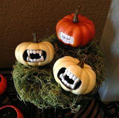 halloween deko bastelidee mini-kürbisse monster