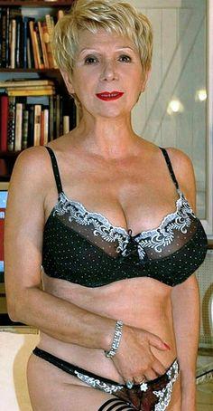 Commit error. Hourglass figure nude mature women seems remarkable