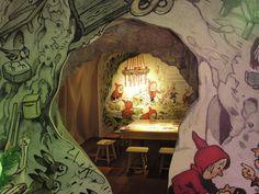 Wichtelhöhle gebaut nach Illustrationen von Fritz Baumgarten aus