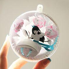立體夢遊仙境《紙雕愛麗絲2.0》黑髮愛麗絲出乎預料的萌♥