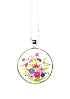 Floral Pendant Necklace Bouquet Multicolored Jewelry door KittenUmka