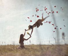 Beautiful Levitation Photographs Manipulated with Photoshop Levitation Photography, Surrealism Photography, Cinematic Photography, Experimental Photography, Creative Photography, Fine Art Photography, Photography Ideas, Fantasy Photography, Exposure Photography