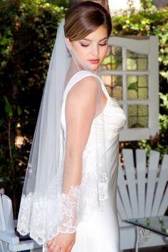 "Erica Koesler Chantilly Lace Bridal Veil 35""; fingertip veil, lace wedding veil, romantic bride"
