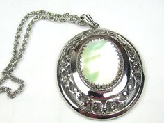 Whiting and Davis Mother of Pearl Pendant Necklace 1950s Vintage Jewelry