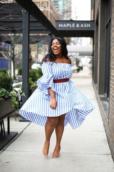 Today's look of the day is one of my favorites. Every now and then I find a  dress from a brand I have never seen before, and I fall all the way in  love.  I stumbled upon this piece from Curvy Girl Style, a local Chicago plus  sized boutique that also has an online store. To add a bit of dimen