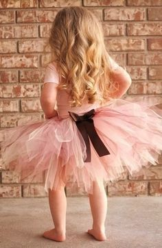 I hope my tutu turns out like this one except a white bow.