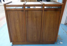 Antique Mid-Century Modern Rolling Bar Liquor Cabinet-Walnut-Very Cool!  #MidCenturyModern