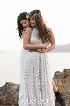 Memorable wedding photography poses - pick up big advice out of these photo excerpt. Lesbian Wedding Photos, Lesbian Wedding Photography, Cute Lesbian Couples, Lgbt Wedding, Lesbian Love, Wedding Portraits, Engagement Photography, Wedding Pictures, Lesbian Pride