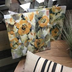 Print on canvas, set of two. Vintage painted yellow flowers, with touches of green and black. Motif Floral, Yellow Flowers, Decoration, Paper Shopping Bag, Canvas Prints, Painting, Vintage, Home Decor, Decor