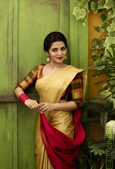 Draping saree is not a tricky task but one must know about the types of drapes so that she can flaunt her desi look in a manner way. Thus, here you should explore top 15 saree draping styles for all occasions. Saree Draping Styles, Saree Styles, Blouse Styles, Saris, Indian Dresses, Indian Outfits, Kerala Saree, Indian Sarees, Simple Sarees