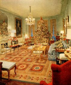 Gloria Vanderbilt's home ~ Christmas 1969