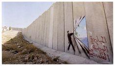 Bansky in Palestina Street Art - Urban Art - Graffiti Banksy Graffiti, Street Art Banksy, Bansky, Graffiti Wall, Graffiti Artists, Terra Santa, Cultural, Outdoor Art, Street Artists