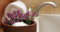 A simple remedy for aches and pains. Benefits of epsom salt baths and lavender oil. #epsomsalt #menstrualpain