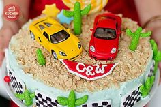 """Die Auto-Torte: Der """"Renner"""" zum Kindergeburtstag"""